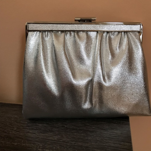Handbags - Vintage 1970s Silver Metallic Evening Bag